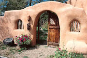 Welcome to Old Taos Guesthouse